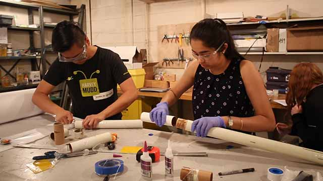 Video of students building a rocket in Rocket Club